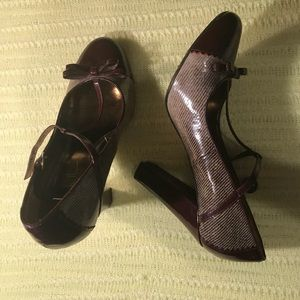 Nicole Miller Women's Shoes Size 8 1/2 Wine Color